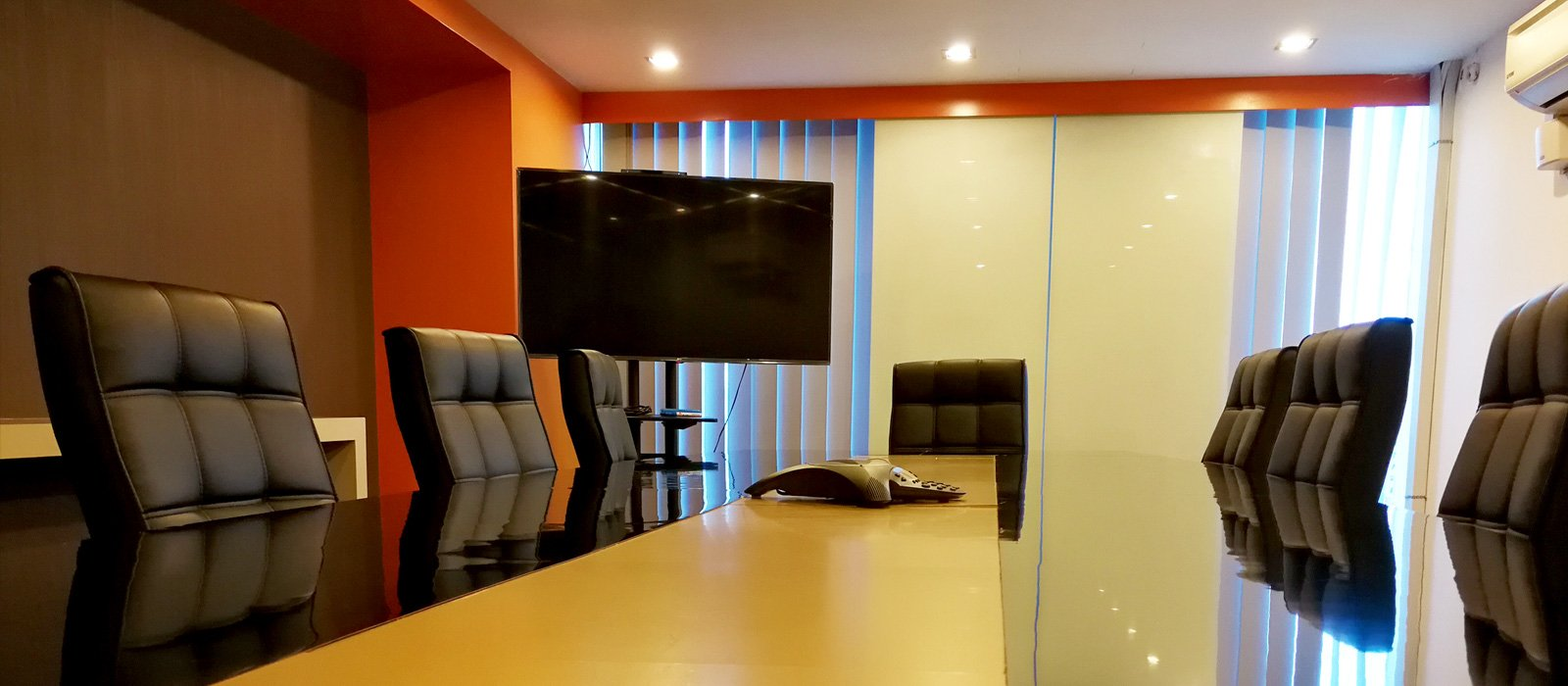 Meeting Room - Making meeting easy